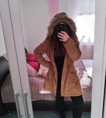 Barna színű kabát