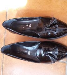 Fekete lakk cipő 36