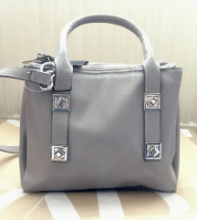 Új Zara fényes szürke-ezüs táska fox az árban!