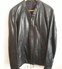 50-es méretű fekete bőrkabát