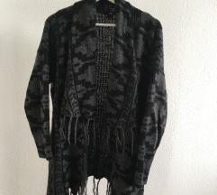 Kötött H&M-es, meleg pulóver. S-es méret.