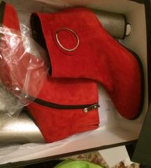 Új Solo Femme piros valódi bőr 37-s csizma.