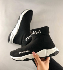 BALENCIAGA kinitted speed 38,39,40