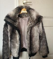 Lecímkézett szőrme kabát
