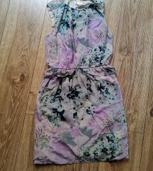 Lila virágos elegáns ruha