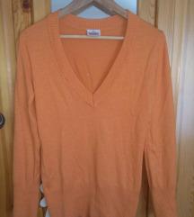 Narancssárga pulcsi