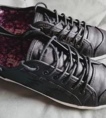 Fila fekete cipő 😎