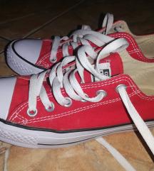 Piros converse 37 FOGLALVA