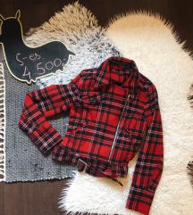 Piros kockás  kabát - LEÁRAZVA