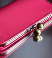 H&M pink clutch bag