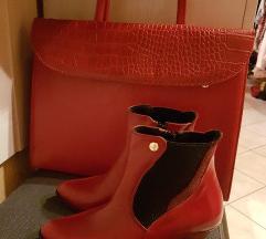 Piros lakkbőr táska
