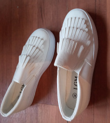 Teljesen új cipő 38as