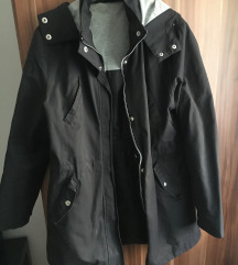 Átmeneti kapucnis dzseki eladó