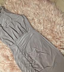 Boohoo S-es nude bodycon ruha