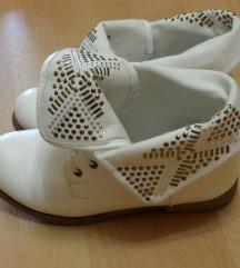 fehér bakancs/ átmeneti cipő