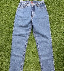 Foglalt! Magas derekú Easy jeans