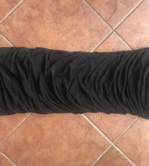 Pánt nélküli fekete ruha S/M