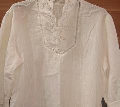 Hímzett fehér ing