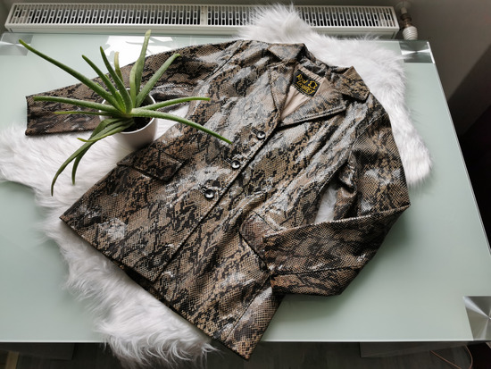 Piton mintás valódi bőr Vintage kabát S