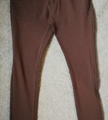 Barna színű nadrág övvel (30)