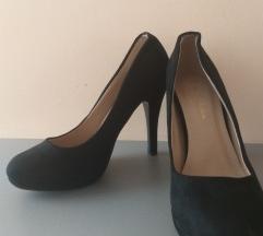 Eladó alkalmi cipő