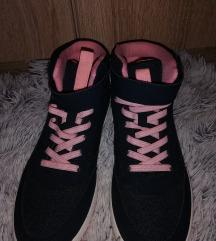 ! új! Téli cipő