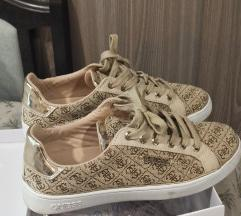 Új Guess sneaker 40