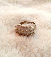 Aranyszínű tüskés állítható gyűrű