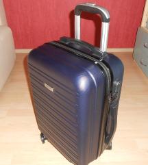 Női  kabin bőrönd ( Kring )
