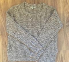 Bézs kötött pulcsi