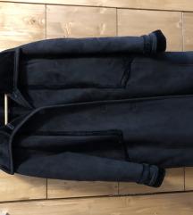 Fekete irha kabát tökèletes àllapotban