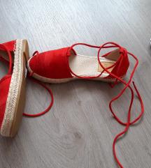 Új piros szandálcipő 37