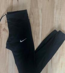 középmagas derekú, hibátlan Nike leggings XS-S