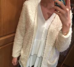 Szőrös pulcsi