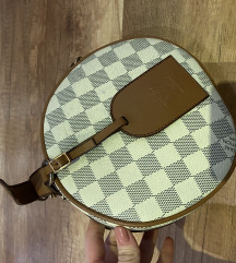 Replika Louis Vuitton táska