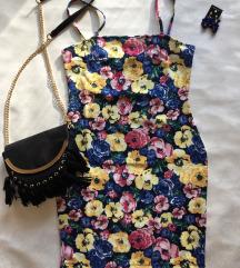 Virágos nyári miniruha