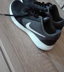 Nike Eredeti sportcipő, új