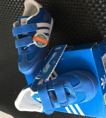 ÚJ! 24-es gyerek adidas cipő