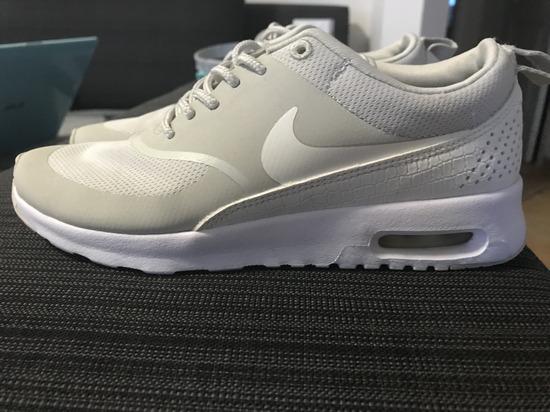 Eredeti Nike cipő nem cserélek