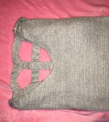 Szürke hátul kivágott kotott pulover XL