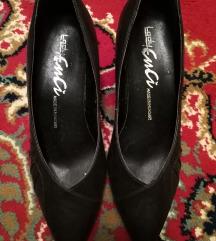 Sötétbarna cipő, 37-es