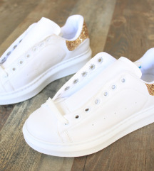Új 'Missmali ' női utcai cipő, 37-es