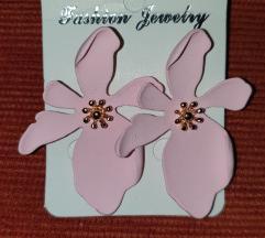 Pink virágos fülbelvaló