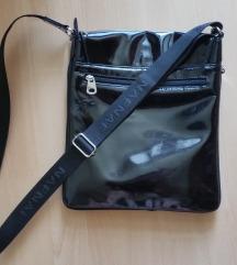Naf Naf fekete műbőr oldaltáska válltáska táska