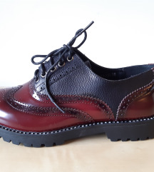 38 38,5 műbőr,fekete-bordó oxford fazonú női cipő