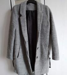 Egyenes szabású kabát