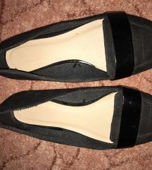 Elegáns átmeneti cipő