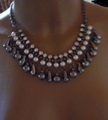 Gyöngyös grafit, ezüst színű nyaklánc