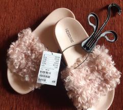H&M papucs 39