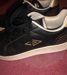 Umbro cipő 35-36-os méret